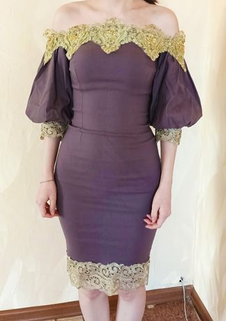 Продам платье. В отличном состоянии. Цена 3000 тенге