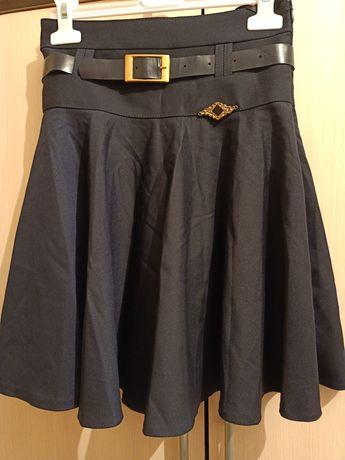 Продам юбку для школы