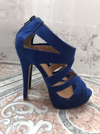 Sandale albastre mărime 36