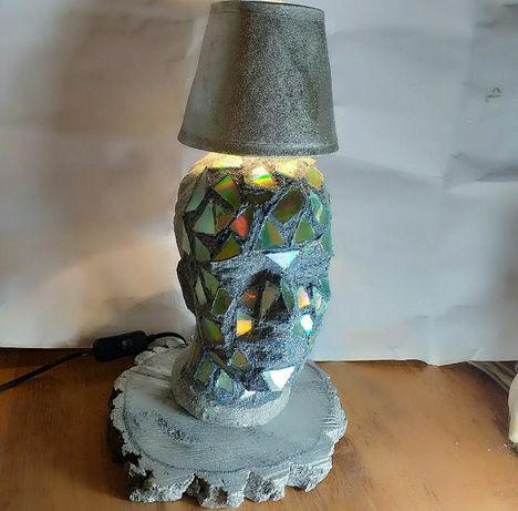 Vand lampi lampadare!