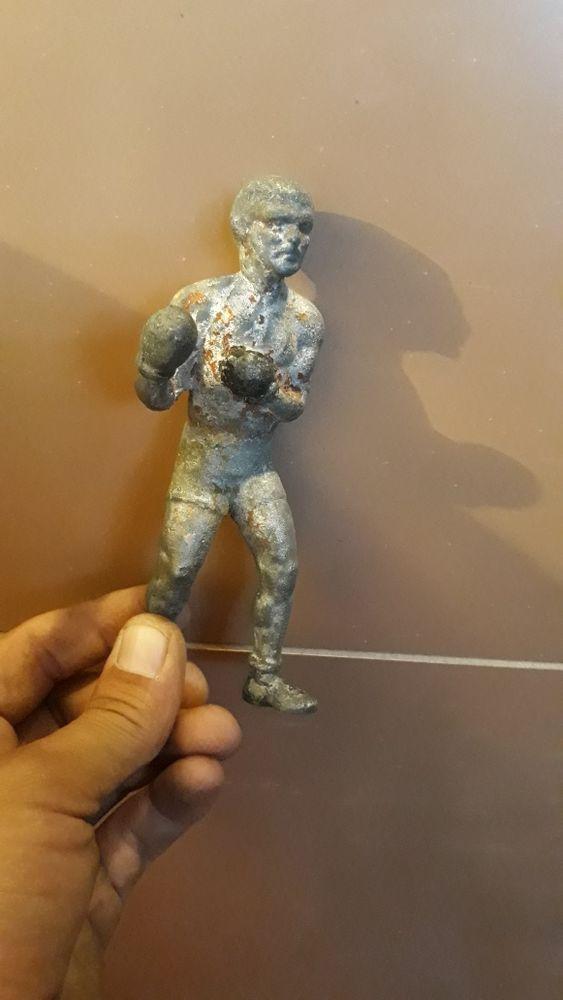 Figurină boxer aluminiu anii '70 Alba Iulia - imagine 1