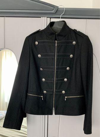 Jacheta scurta din lana 45%, marimea 36