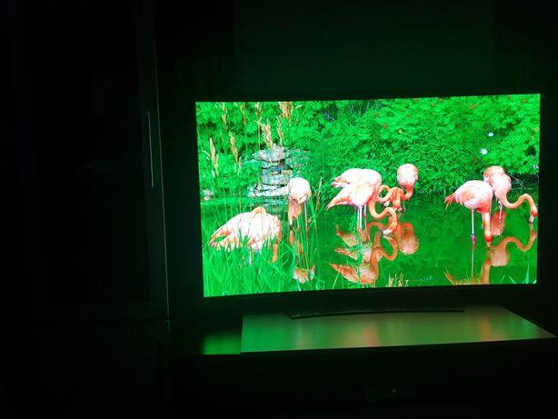 Продам 4K LG OLED 55 C серии в идеале .