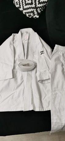 Costume de karate și judo