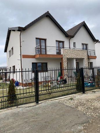 Propietar,Vila LUX tip duplex,107500e,Sanpetru intrare,Brasov