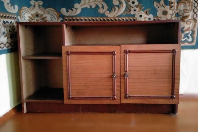 Продам шкаф-полку(ВКО,с.Таврическое)