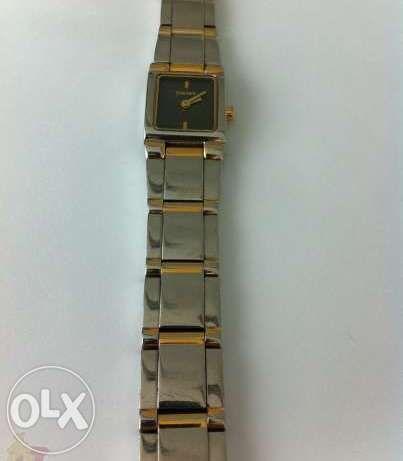 "часовни "" DKNY "" орегинален с кутия и книжка"