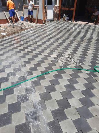 Pavaje din beton aditivat pentru zone rezidentiale Manopera pavele