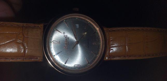Vand ceas de colectie