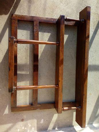Дървена етажерка поставка  състояние по снимки подходяща за подправки