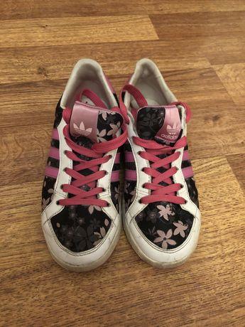 Adidas кеды (оригинал) с эффектом грязи,кожаные,размер 36