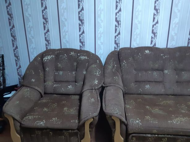 Продам диван и два кресло кровати.