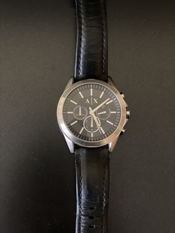 Часовник на Armani Exchange (AX)