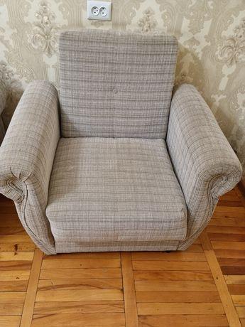 Кресла раскладывающиеся 2 штуки