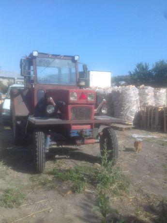 Tractor U650 românesc