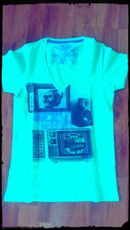 Нова тениска