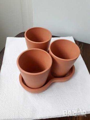 Комплект малки саксии и ваза