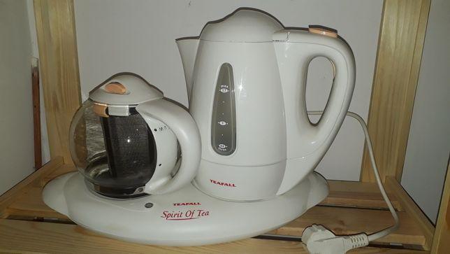 Продаю электрочайник с заварным чайником от фирмы Teafall