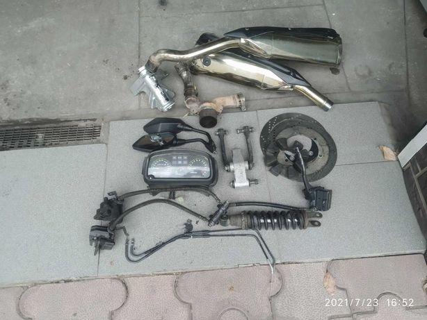 запчасти на мотоцикл Кавасаки Z1000 и EX500A