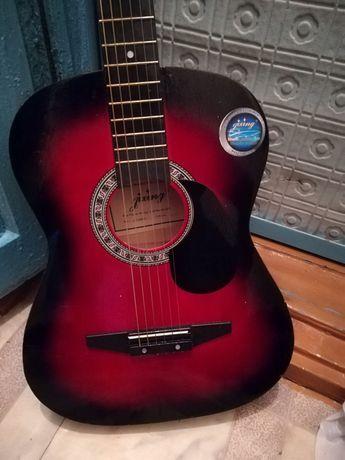 Продам гитару цена 12000