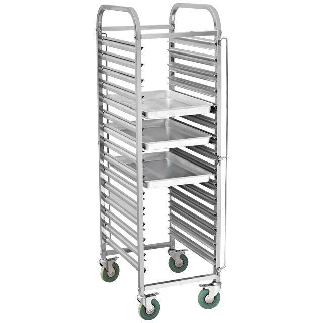 Количка за 15 броя тави с размер 60х40см чисто нови колички