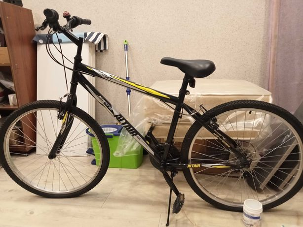 Велосипед Altair MTB HT26 новый 55 000 тенге с насосом для шин