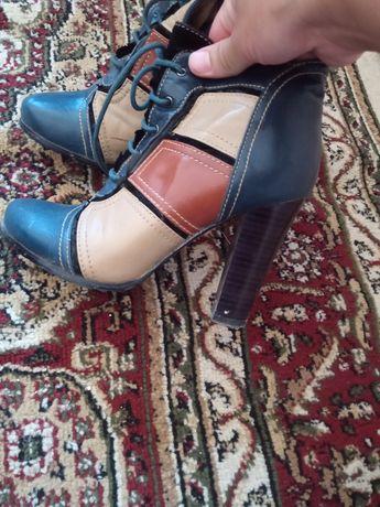 Осенный обуви цена 1000