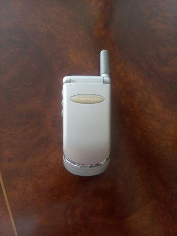 Motorola V50