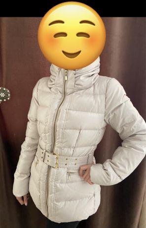Зимняя пуховая женская куртка от Zara