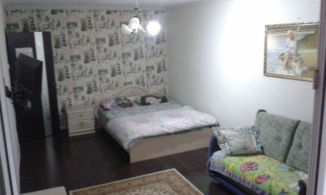 Сдам 1-комнатную квартиру в центре. Кондиционер .Почасовой и посуточно