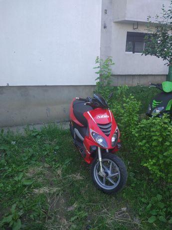 Scuter Suzuki impecabil Piaggio Nrg