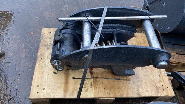 Cupla rapida buldoexcavator Komatsu, CAT, Terex, Volvo etc. HARDOX