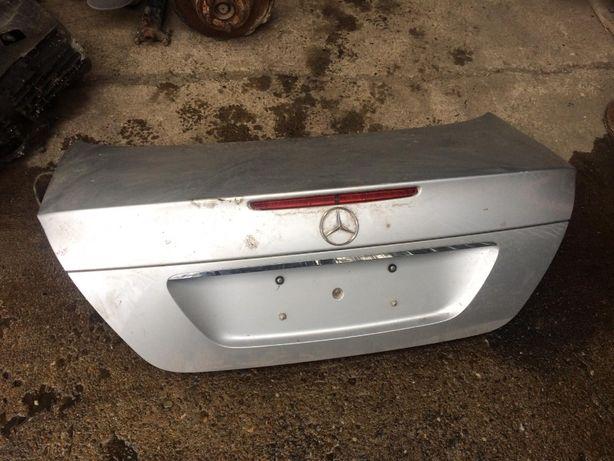 Capota portbagaj, usa dreapta spate, oglinda stanga Mercedes E 2005