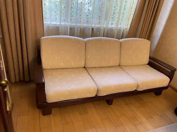 Продам диван+диван+кресло из натурального дерева