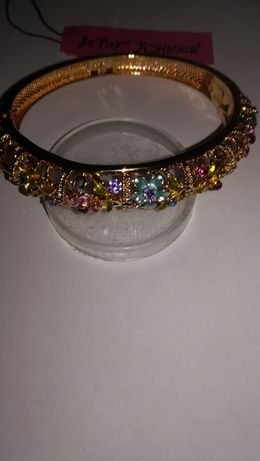 Bratara Charm Placata cu Aur Email Cristale Rhinstone Betsey Johnson