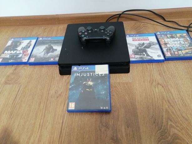 Vând PS4 f puțin utilizat