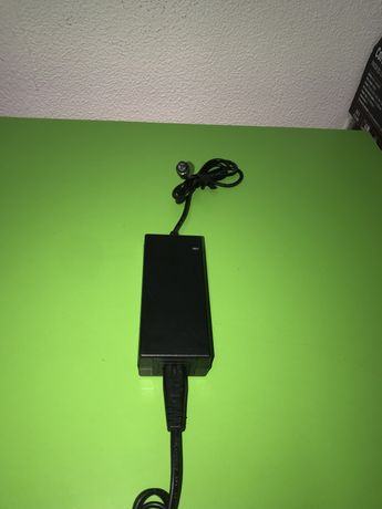 Incarcator li-ion 10s 42v , 2 amperi Hoverboard, trotineta electrica
