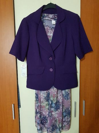 Costum de dama din vascoza fabricatie Bulgaria