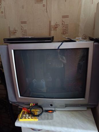 Телевизор Тошиба стерео бомба хорошая громкость