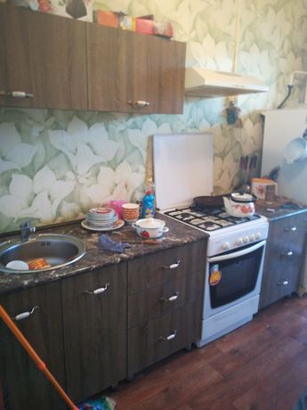 Продам кухонный гарнитур 45000тг