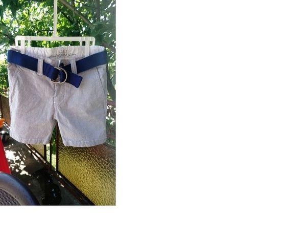 къси панталони H&M LOGG нови