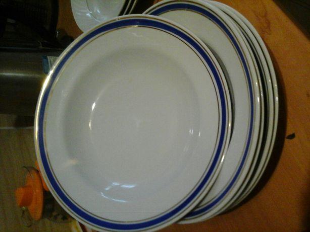 Продаю тарелки советские разные