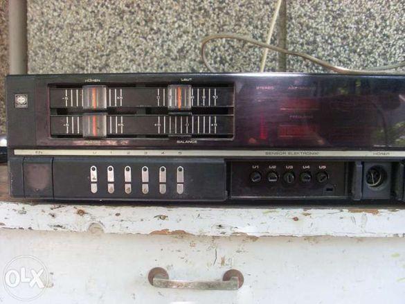 Продавам усилвател и радио Hi-Fi UNIVERSUM