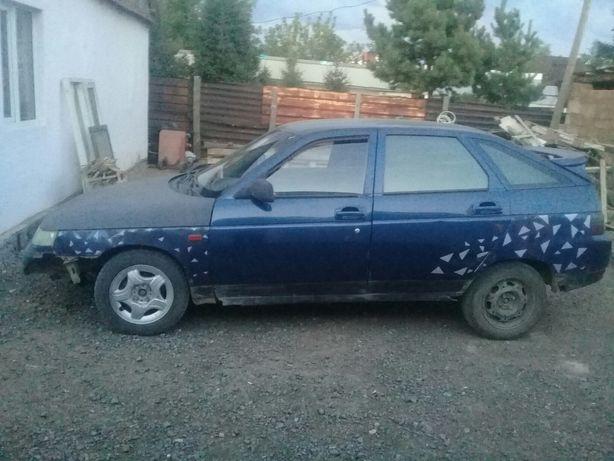 Продам машину двинашка