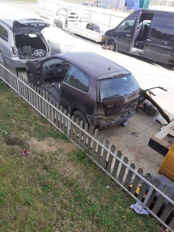 Dezmembrez Wolkswagen polo  1,2 benzina euro 4