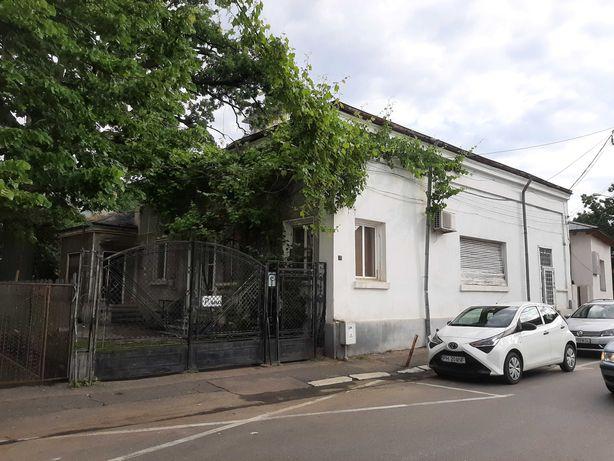 Casa de vanzare langa Judecatoria Ploiesti