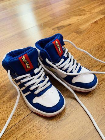 Продам детские кроссовки ADIDAS