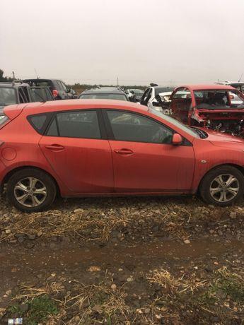 Dezmembrez Mazda 3 an 2012 mot 1.6d piese accesorii.