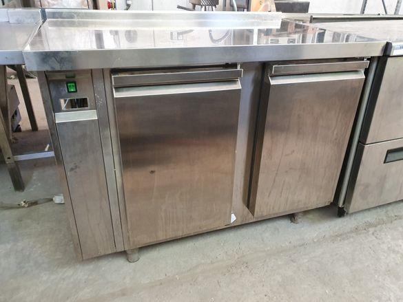 Хладилна маса с изнесен агрегат