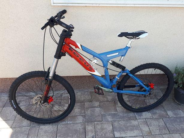 Bicicleta focus full suspension